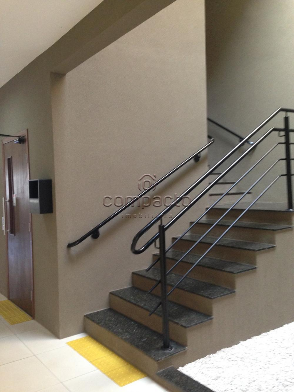 Alugar Comercial / Sala/Loja Condomínio em São José do Rio Preto apenas R$ 900,00 - Foto 3