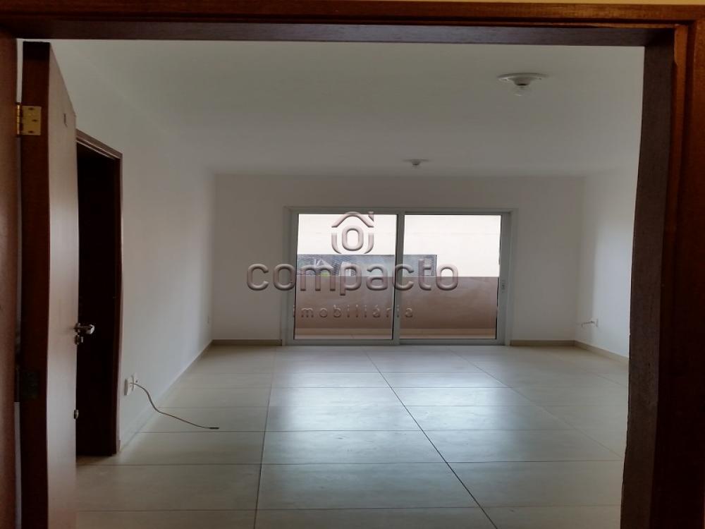 Alugar Apartamento / Padrão em São José do Rio Preto apenas R$ 750,00 - Foto 1