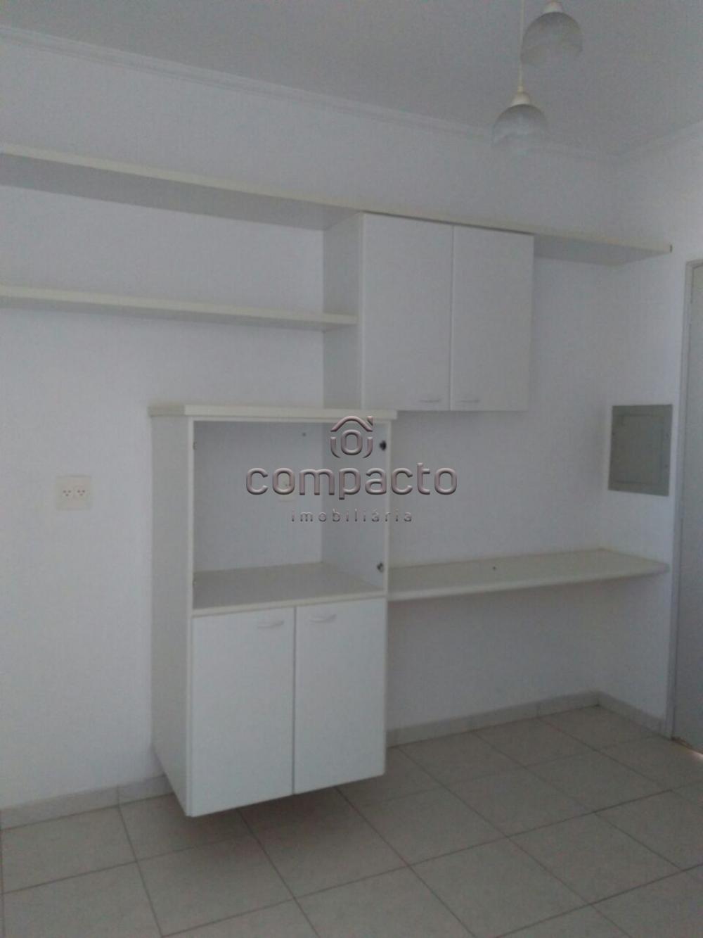 Alugar Apartamento / Padrão em São José do Rio Preto apenas R$ 1.100,00 - Foto 3