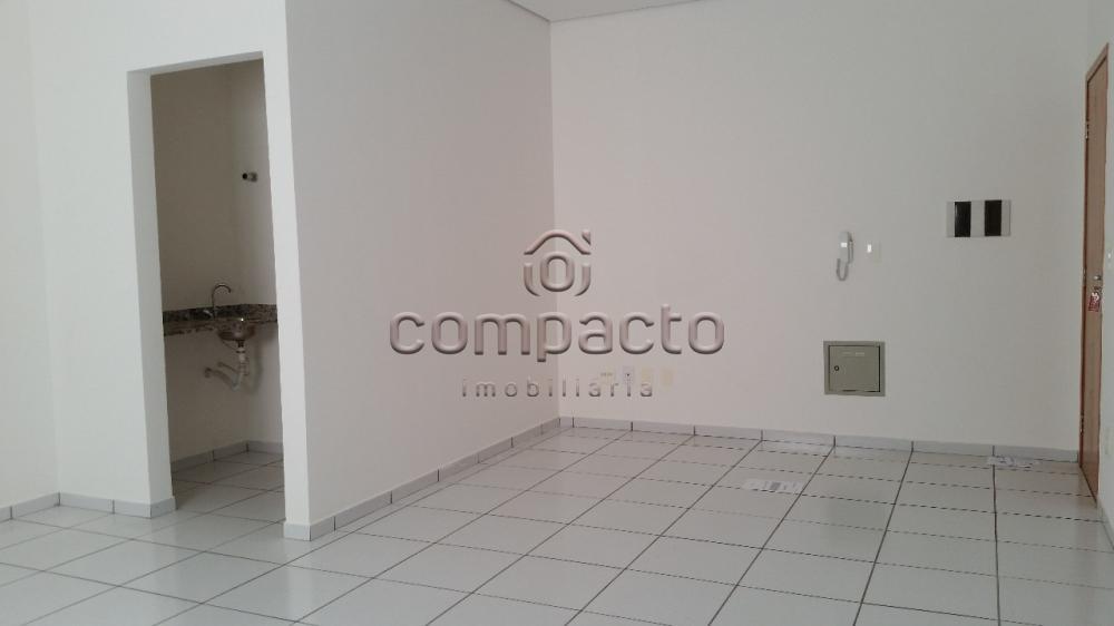 Alugar Comercial / Sala/Loja Condomínio em São José do Rio Preto apenas R$ 600,00 - Foto 5
