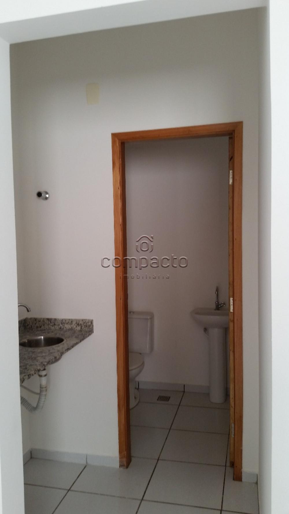 Alugar Comercial / Sala/Loja Condomínio em São José do Rio Preto apenas R$ 600,00 - Foto 6