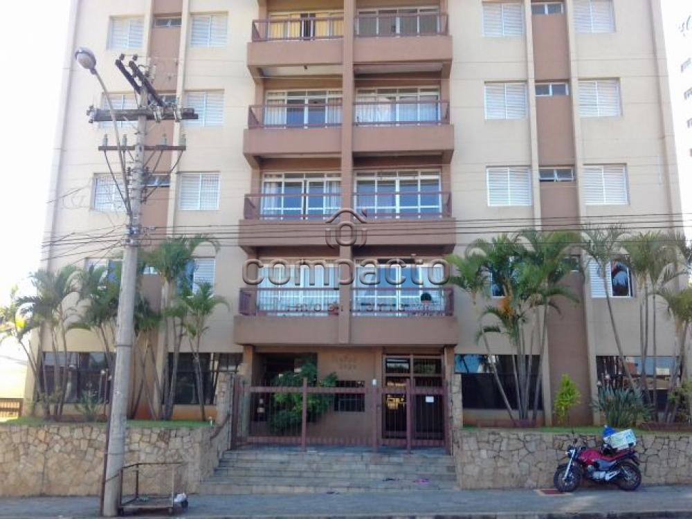 Alugar Apartamento / Padrão em São Carlos apenas R$ 2.230,00 - Foto 1