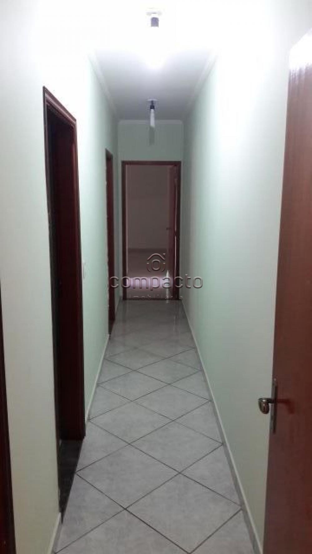 Alugar Casa / Sobrado em São Carlos apenas R$ 2.230,00 - Foto 4