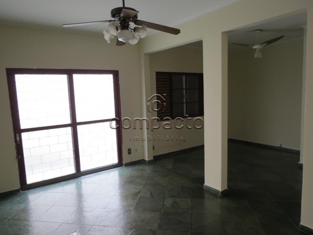 Comprar Apartamento / Padrão em São José do Rio Preto apenas R$ 250.000,00 - Foto 1