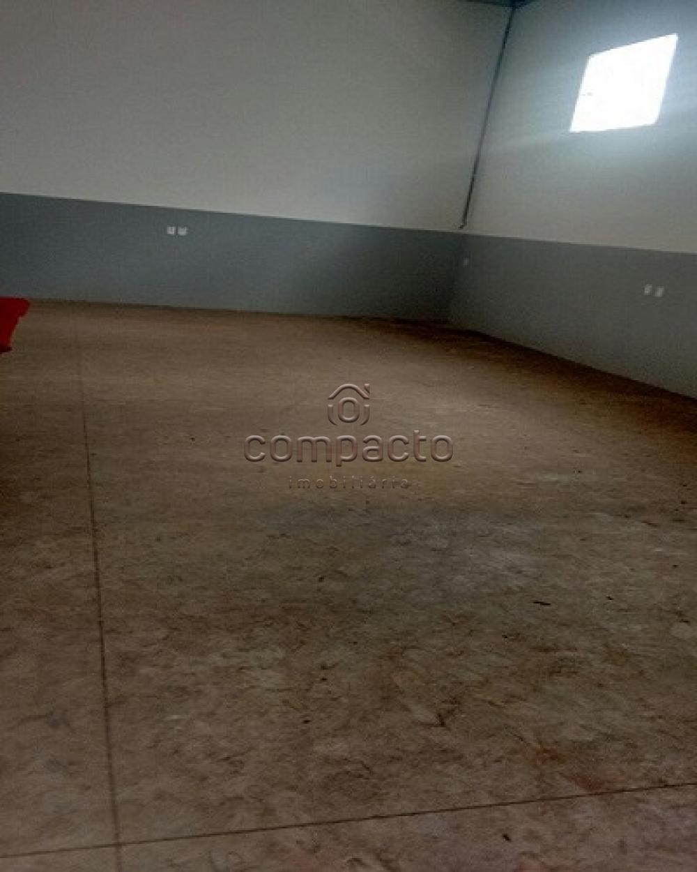 Alugar Comercial / Salão em São José do Rio Preto apenas R$ 2.500,00 - Foto 4