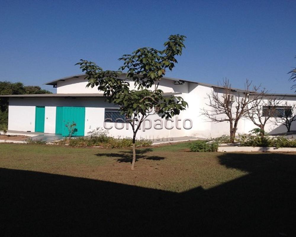 Alugar Comercial / Barracão em Guapiaçu apenas R$ 3.800,00 - Foto 4