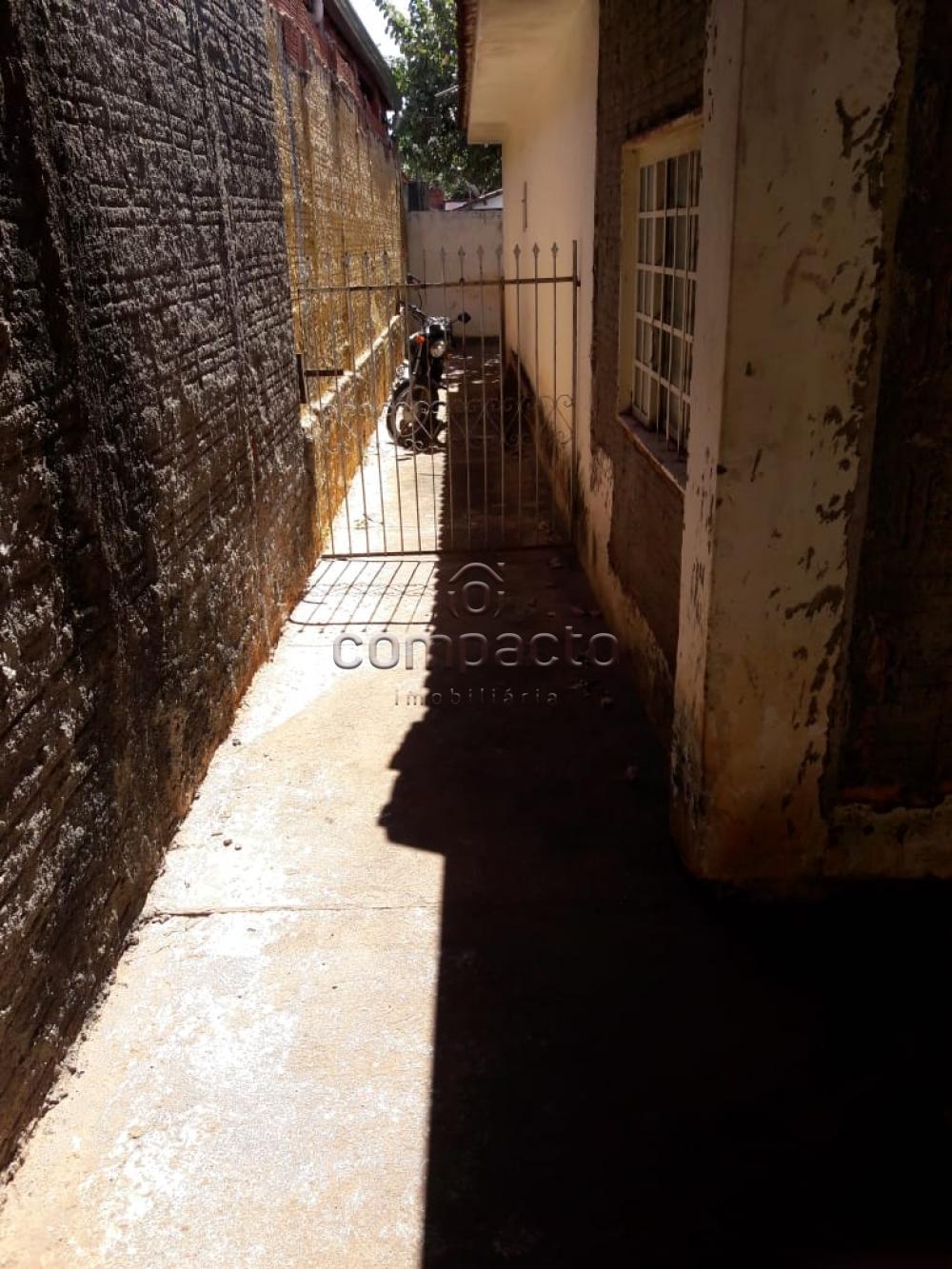 Comprar Casa / Padrão em São José do Rio Preto apenas R$ 140.000,00 - Foto 16