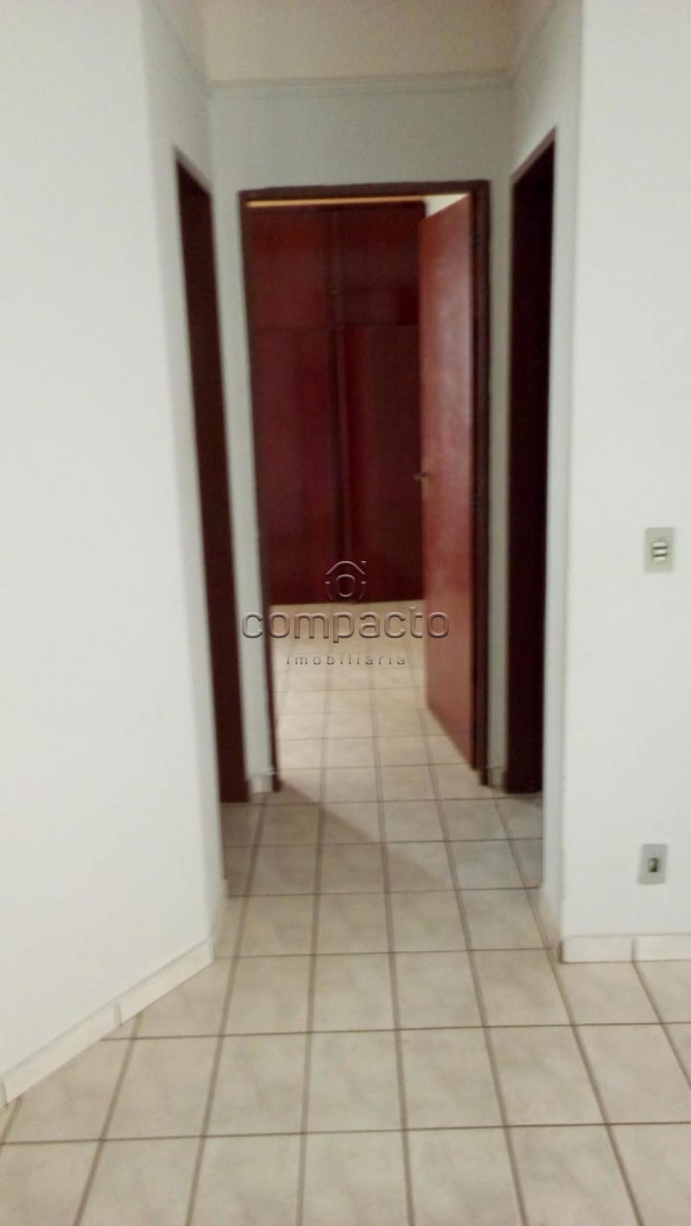 Alugar Apartamento / Padrão em São José do Rio Preto apenas R$ 1.100,00 - Foto 4