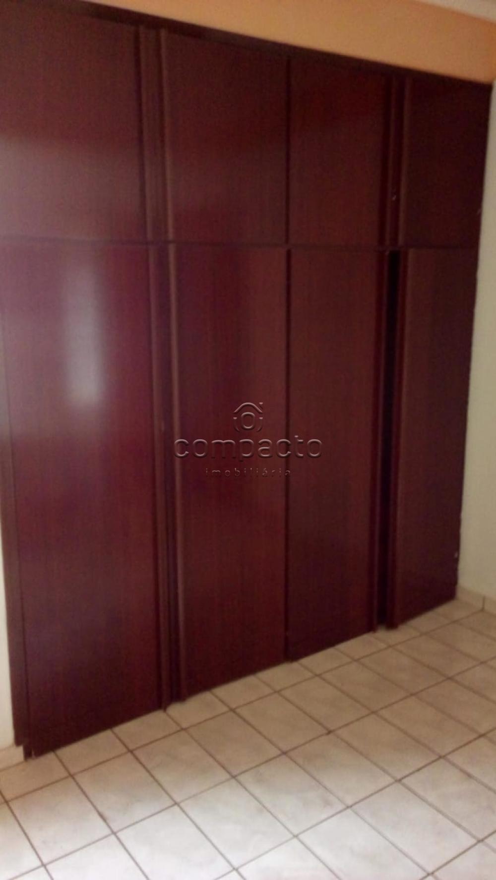 Alugar Apartamento / Padrão em São José do Rio Preto apenas R$ 1.100,00 - Foto 6