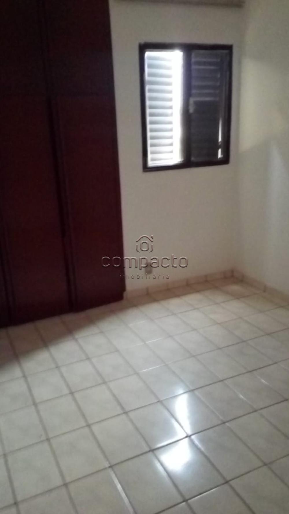 Alugar Apartamento / Padrão em São José do Rio Preto apenas R$ 1.100,00 - Foto 9