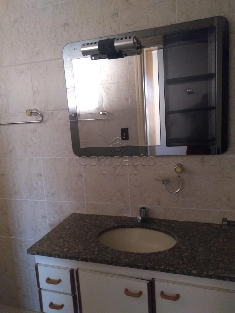 Alugar Casa / Padrão em São José do Rio Preto apenas R$ 1.850,00 - Foto 9