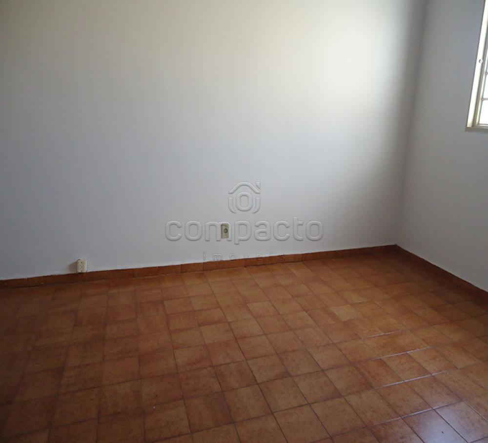 Alugar Apartamento / Padrão em São José do Rio Preto apenas R$ 700,00 - Foto 2