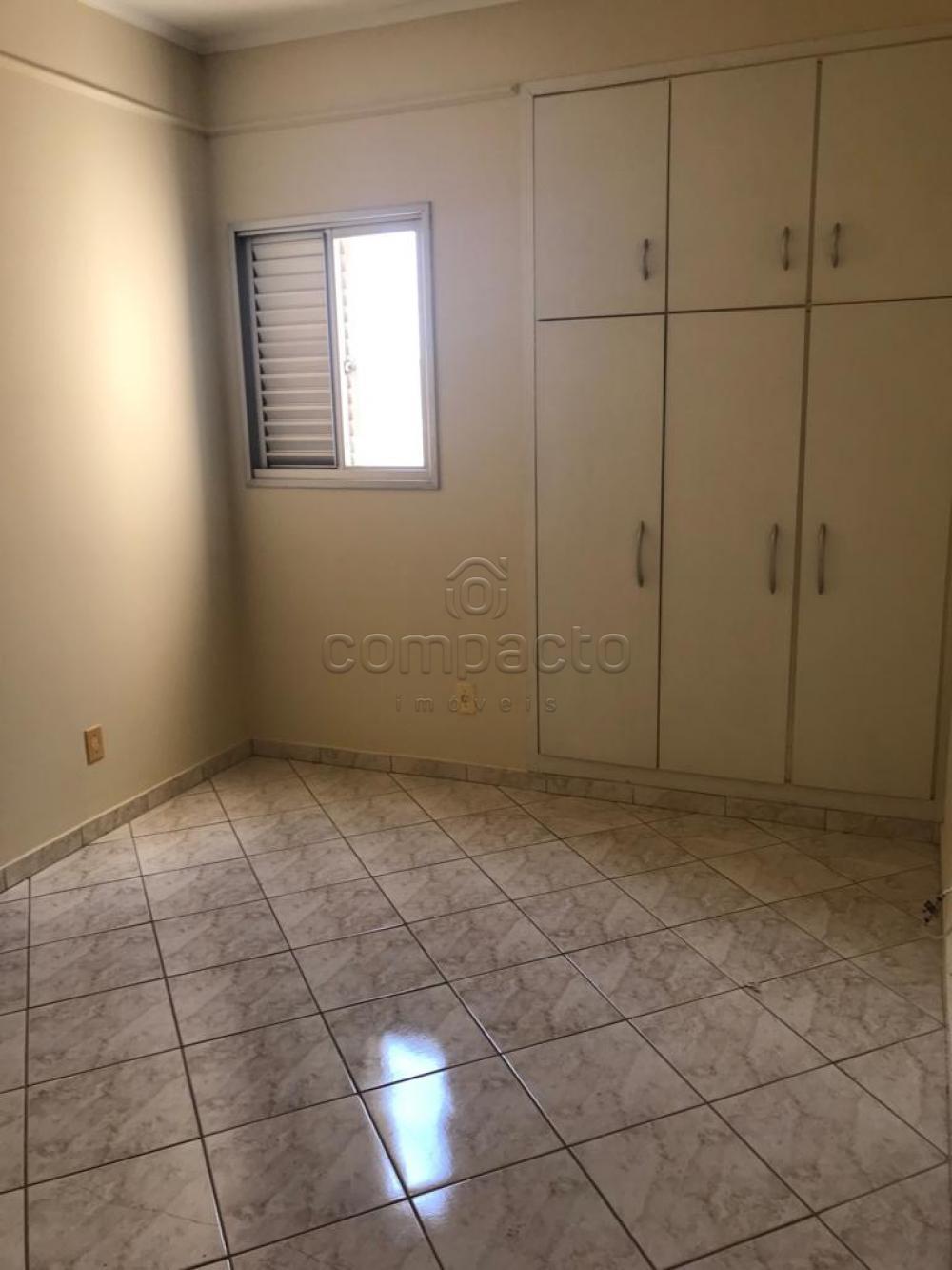 Alugar Apartamento / Padrão em São José do Rio Preto apenas R$ 900,00 - Foto 4