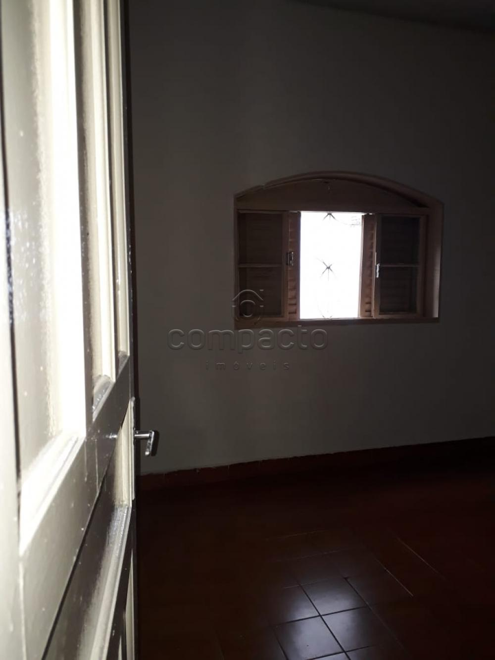 Comprar Casa / Padrão em São José do Rio Preto apenas R$ 190.000,00 - Foto 4