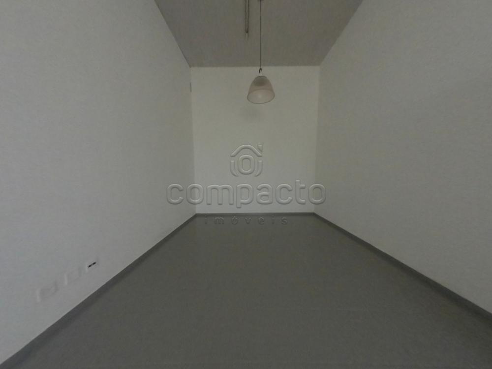 Alugar Comercial / Casa em São José do Rio Preto apenas R$ 1.950,00 - Foto 13