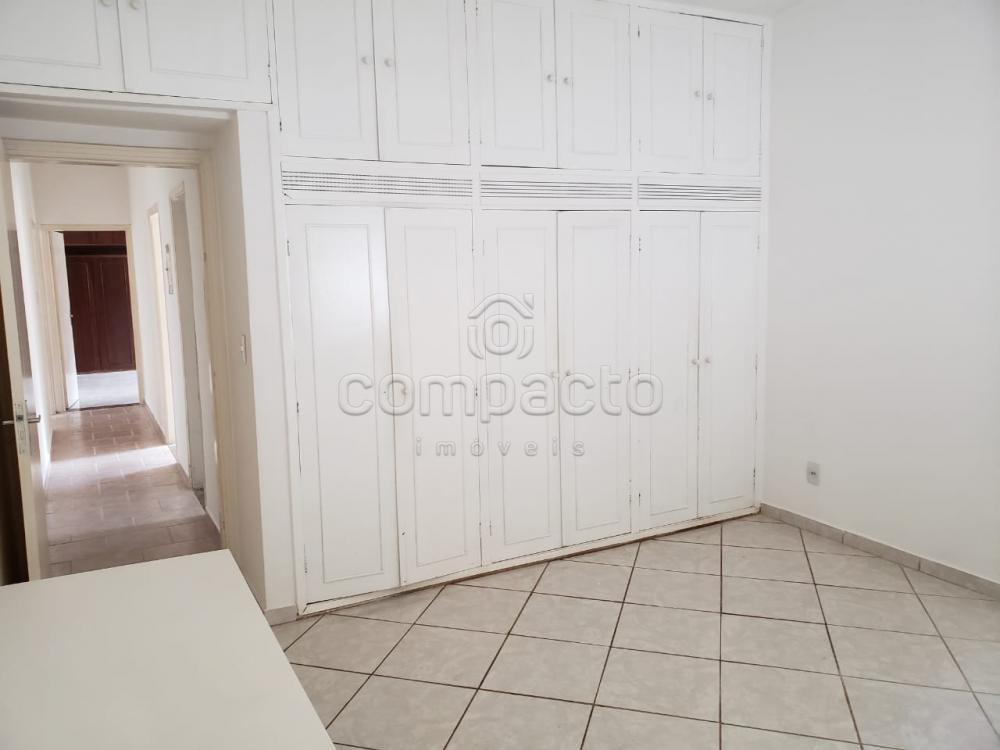 Alugar Casa / Padrão em São José do Rio Preto apenas R$ 2.000,00 - Foto 13