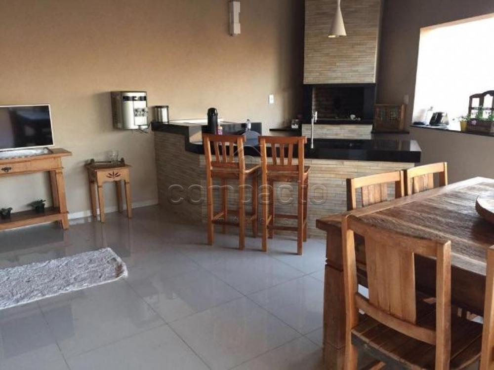 Comprar Casa / Padrão em São José do Rio Preto apenas R$ 980.000,00 - Foto 16