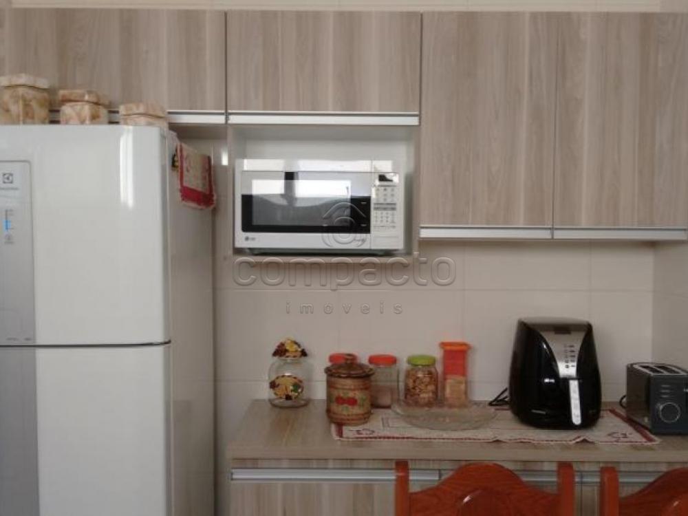 Comprar Apartamento / Padrão em São José do Rio Preto apenas R$ 255.000,00 - Foto 7