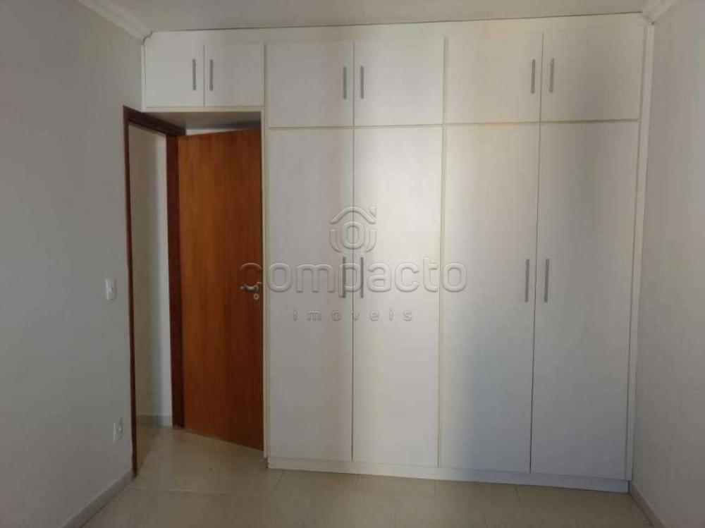 Comprar Apartamento / Padrão em São José do Rio Preto apenas R$ 200.000,00 - Foto 4