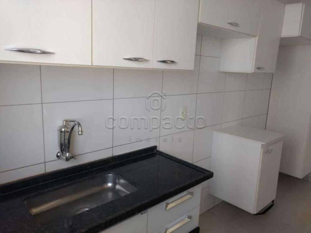 Comprar Apartamento / Padrão em São José do Rio Preto apenas R$ 200.000,00 - Foto 7