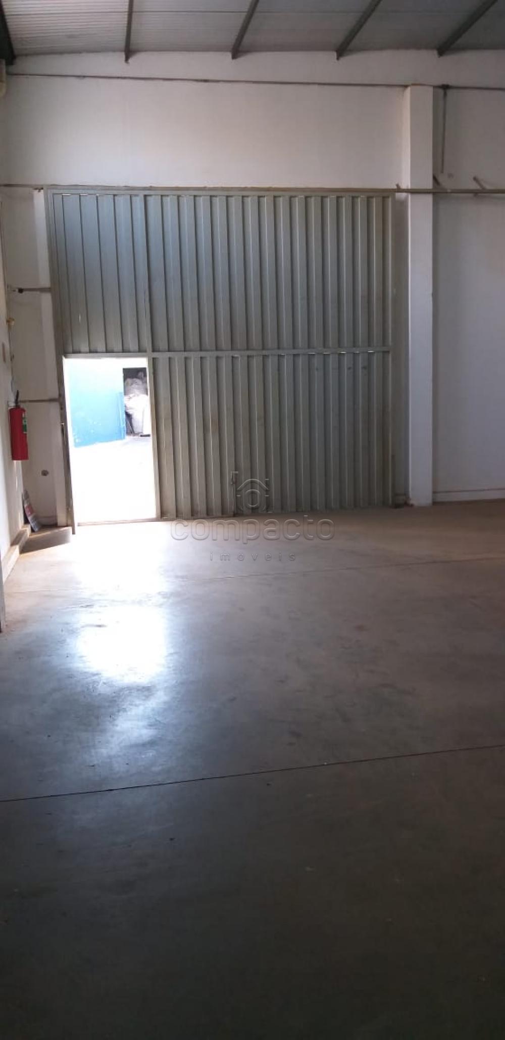 Alugar Comercial / Barracão em São José do Rio Preto apenas R$ 2.300,00 - Foto 9
