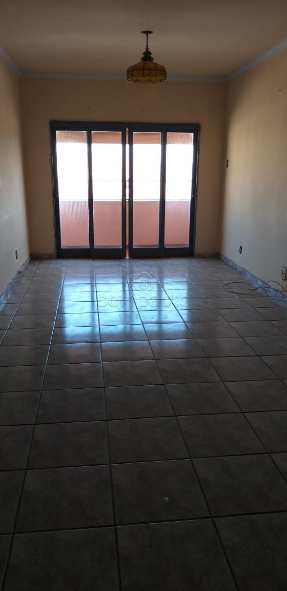 Comprar Apartamento / Padrão em São José do Rio Preto apenas R$ 250.000,00 - Foto 2