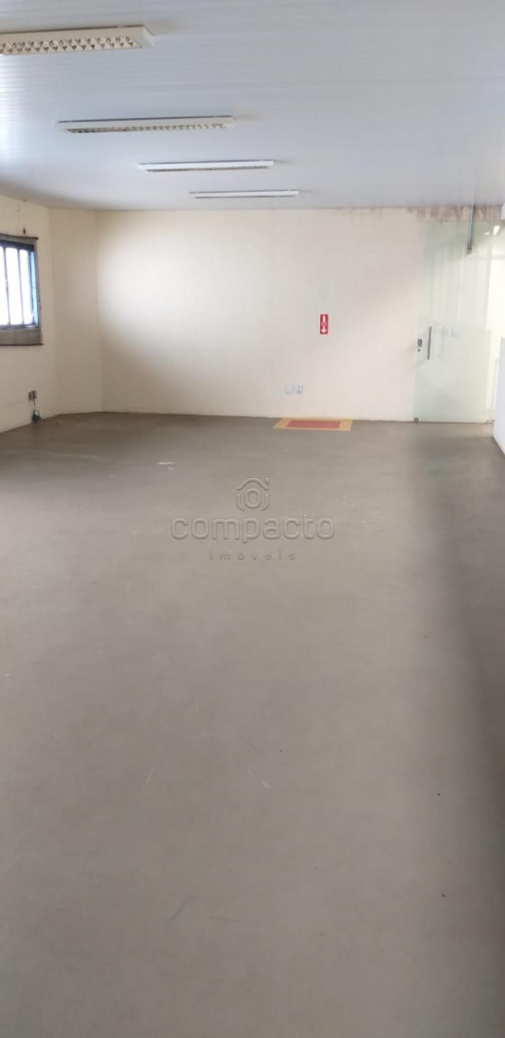 Alugar Comercial / Barracão em São José do Rio Preto apenas R$ 5.700,00 - Foto 14