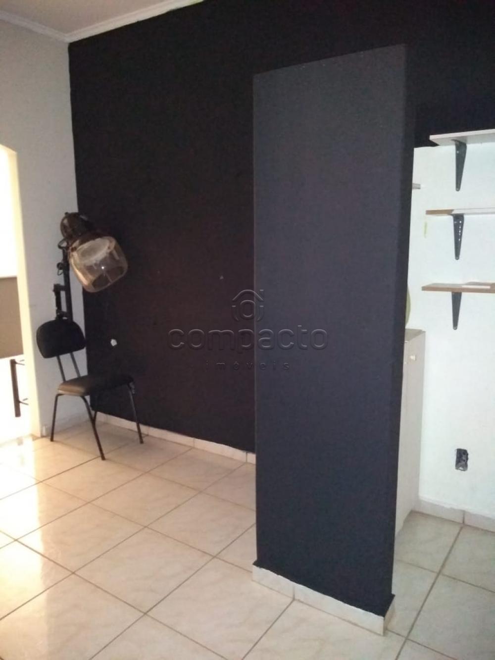 Alugar Casa / Padrão em São José do Rio Preto apenas R$ 1.600,00 - Foto 4