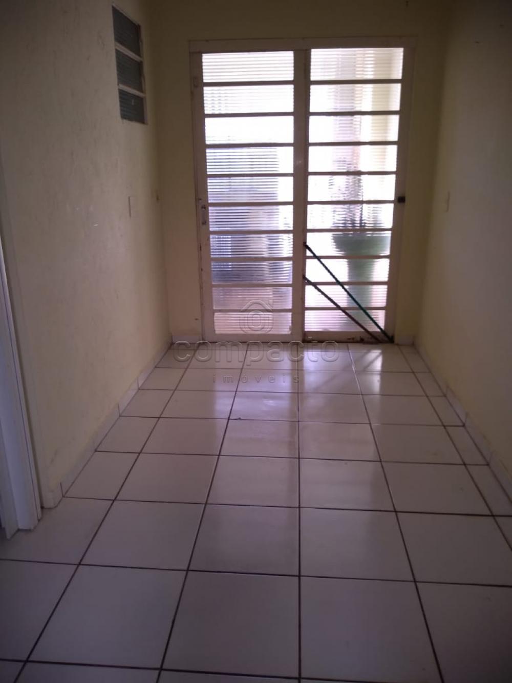 Alugar Casa / Padrão em São José do Rio Preto apenas R$ 1.600,00 - Foto 10