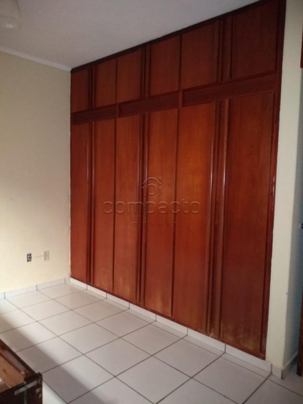 Alugar Casa / Padrão em São José do Rio Preto apenas R$ 1.600,00 - Foto 17