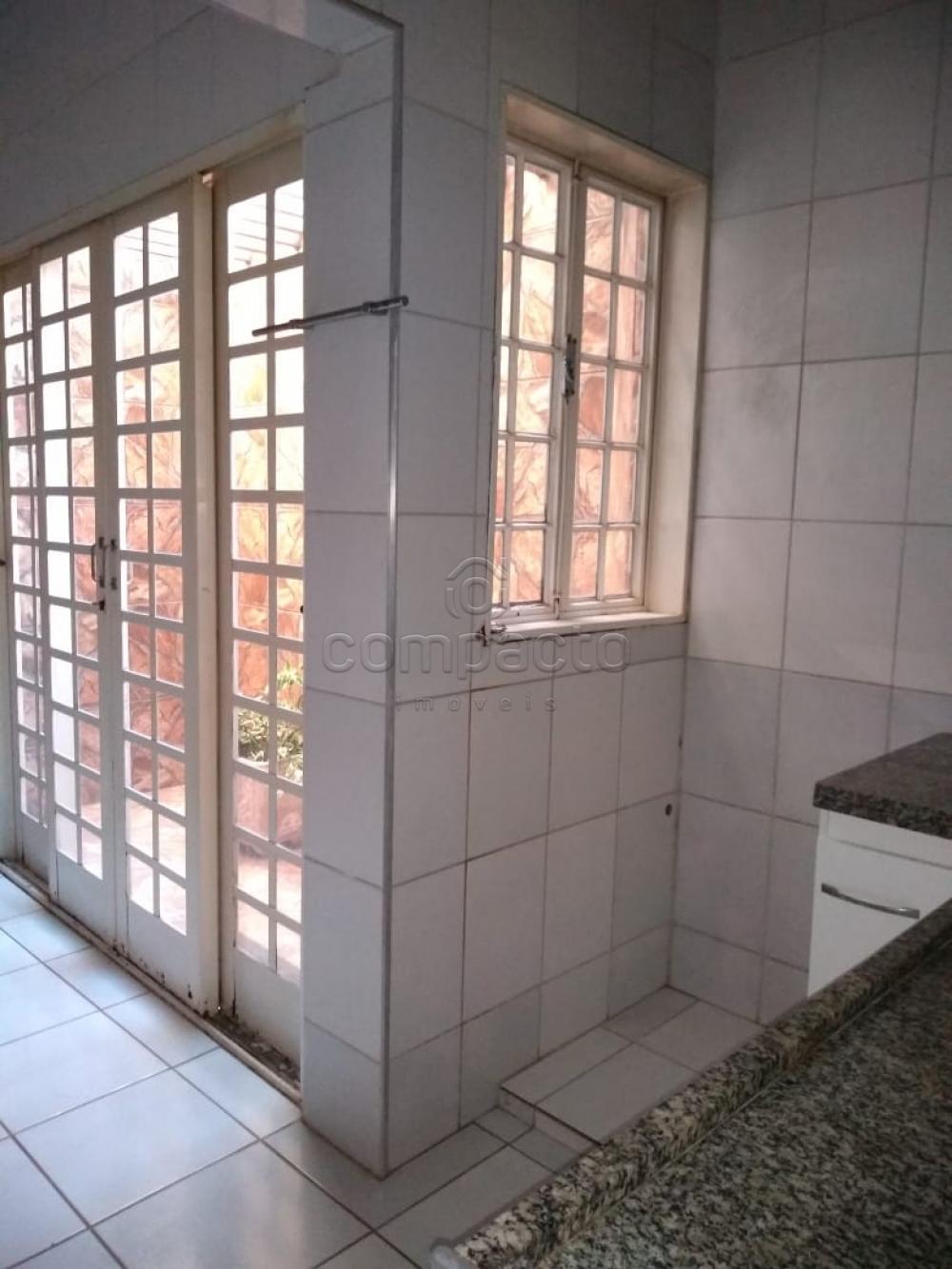 Alugar Casa / Padrão em São José do Rio Preto apenas R$ 1.600,00 - Foto 19