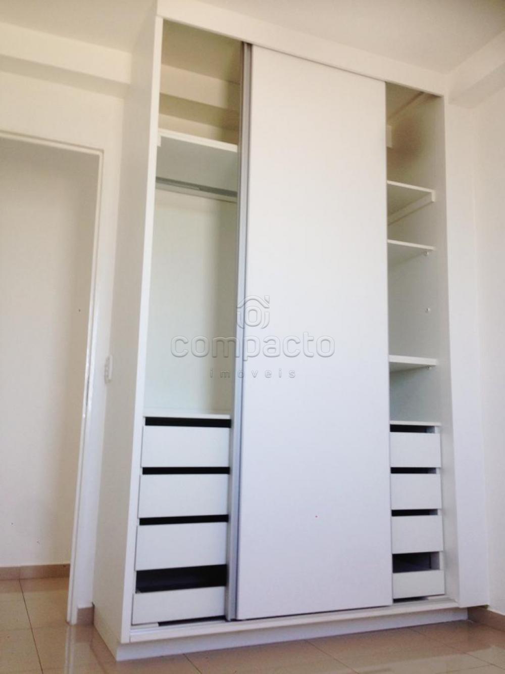 Comprar Apartamento / Padrão em São José do Rio Preto apenas R$ 240.000,00 - Foto 11