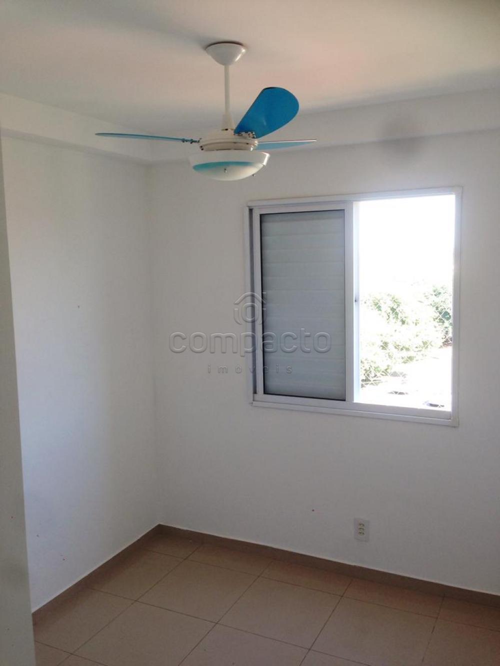 Comprar Apartamento / Padrão em São José do Rio Preto apenas R$ 240.000,00 - Foto 13