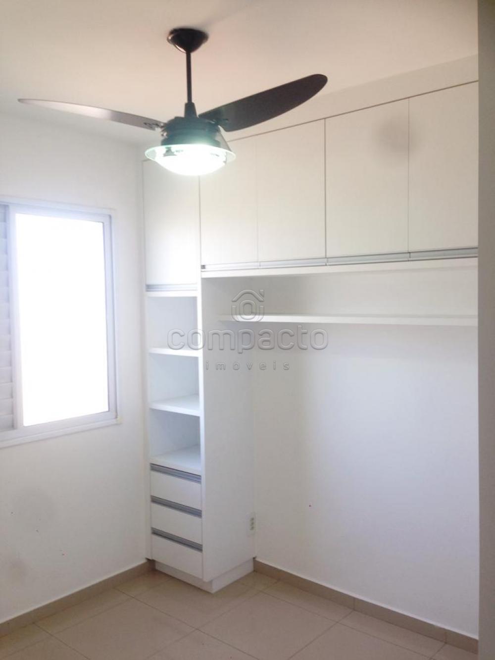 Comprar Apartamento / Padrão em São José do Rio Preto apenas R$ 240.000,00 - Foto 17