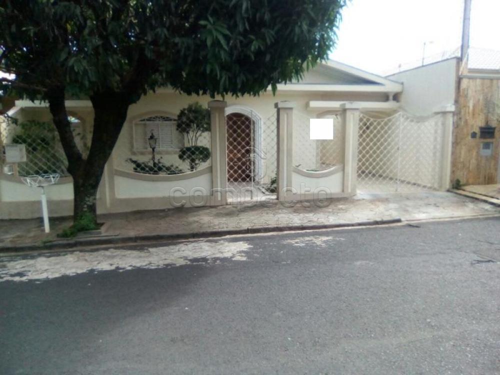 Comprar Casa / Padrão em São José do Rio Preto apenas R$ 450.000,00 - Foto 1