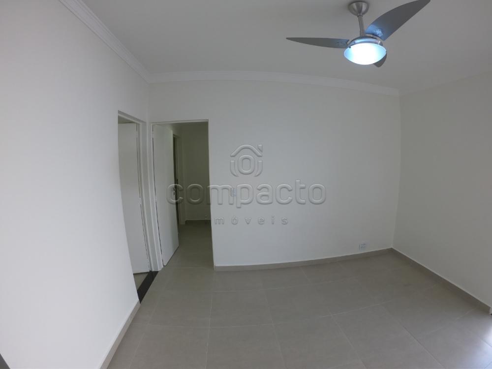 Comprar Apartamento / Padrão em São José do Rio Preto apenas R$ 225.000,00 - Foto 4