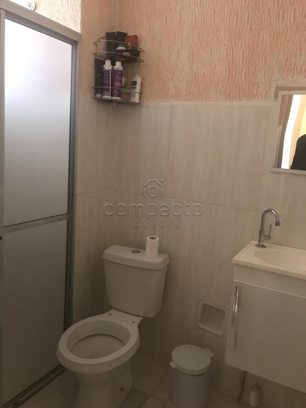 Comprar Apartamento / Padrão em São José do Rio Preto apenas R$ 80.000,00 - Foto 4