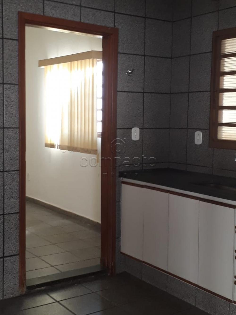 Alugar Casa / Padrão em São José do Rio Preto apenas R$ 1.500,00 - Foto 8