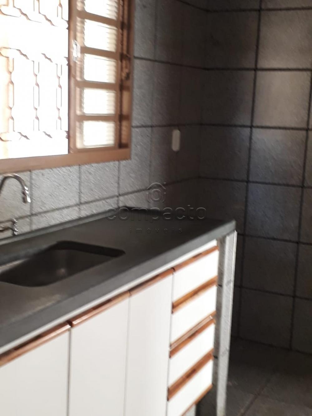 Alugar Casa / Padrão em São José do Rio Preto apenas R$ 1.500,00 - Foto 9