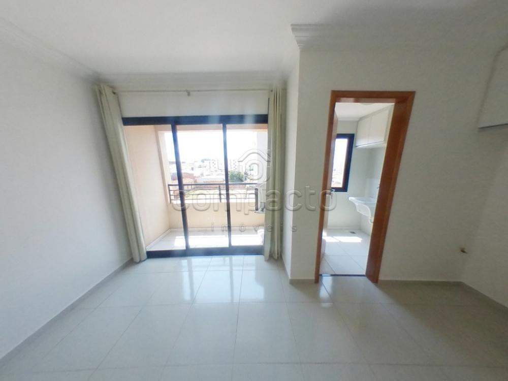 Alugar Apartamento / Padrão em São José do Rio Preto apenas R$ 950,00 - Foto 1
