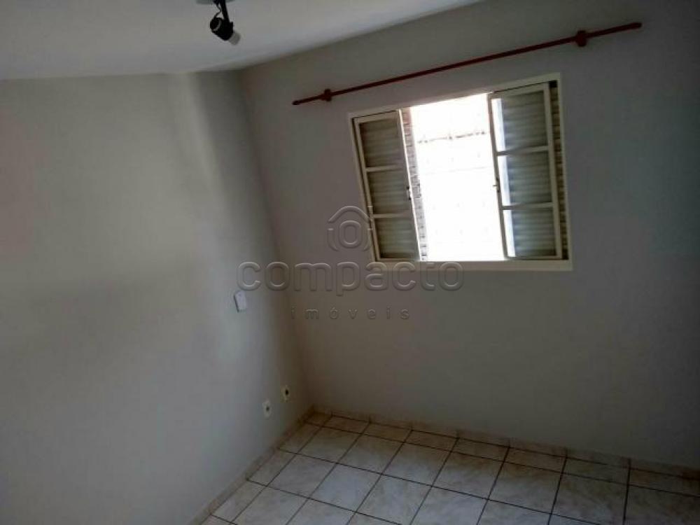 Alugar Apartamento / Padrão em São José do Rio Preto apenas R$ 720,00 - Foto 2