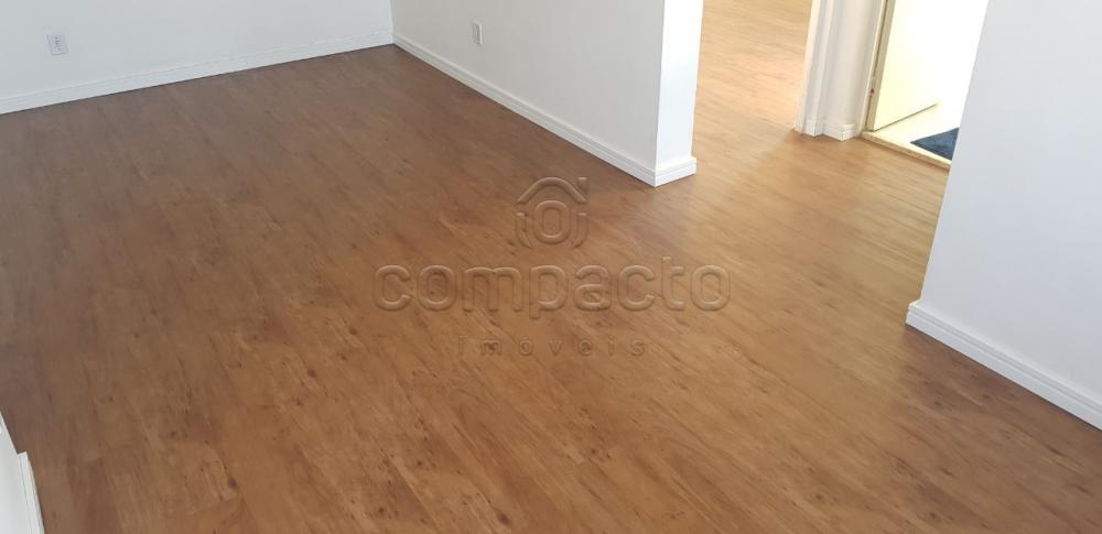 Comprar Apartamento / Padrão em São José do Rio Preto apenas R$ 222.000,00 - Foto 4