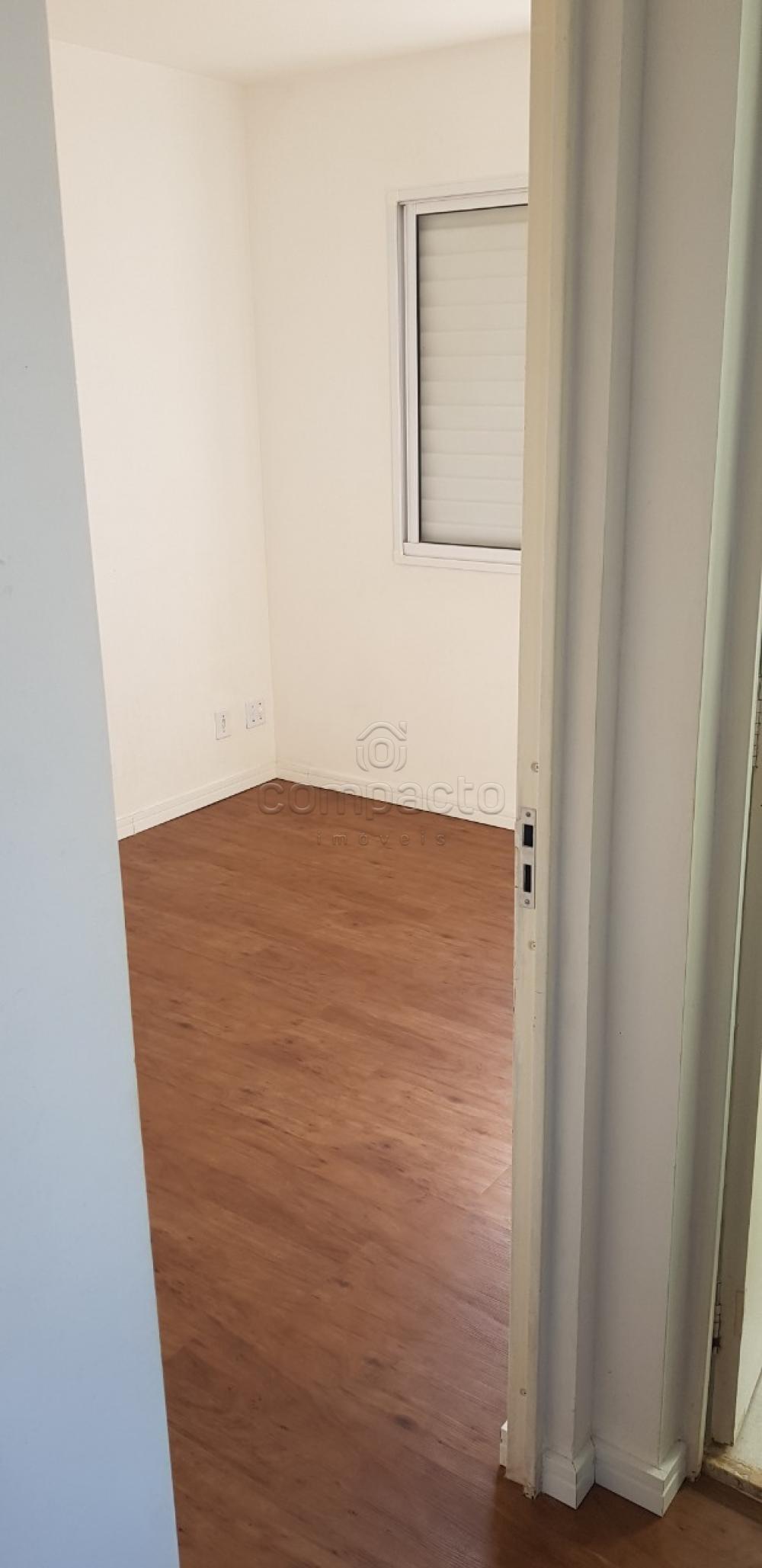 Comprar Apartamento / Padrão em São José do Rio Preto apenas R$ 222.000,00 - Foto 5