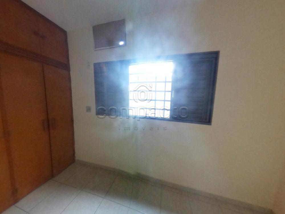 Alugar Casa / Padrão em São José do Rio Preto apenas R$ 1.700,00 - Foto 12