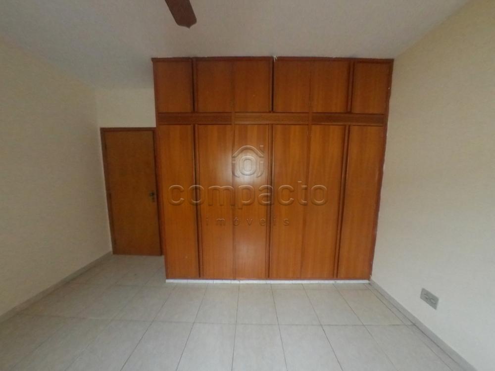 Alugar Casa / Padrão em São José do Rio Preto apenas R$ 1.700,00 - Foto 14
