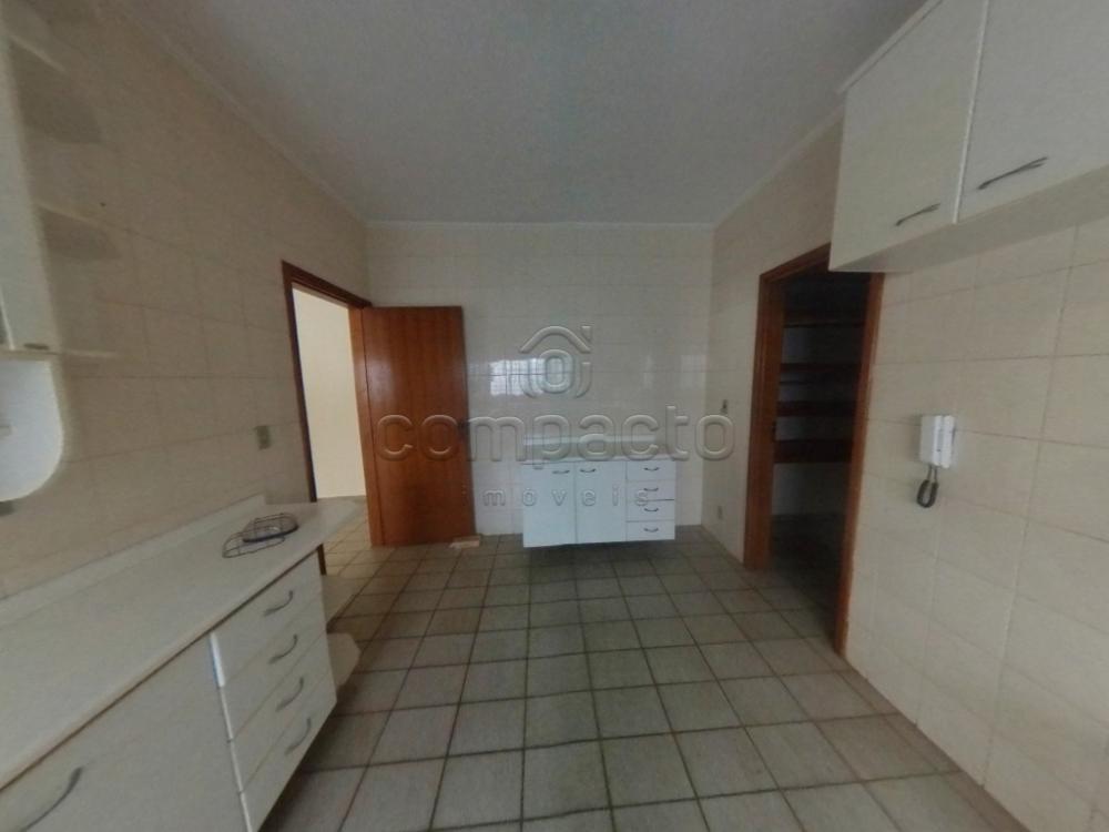 Alugar Casa / Padrão em São José do Rio Preto apenas R$ 1.700,00 - Foto 17