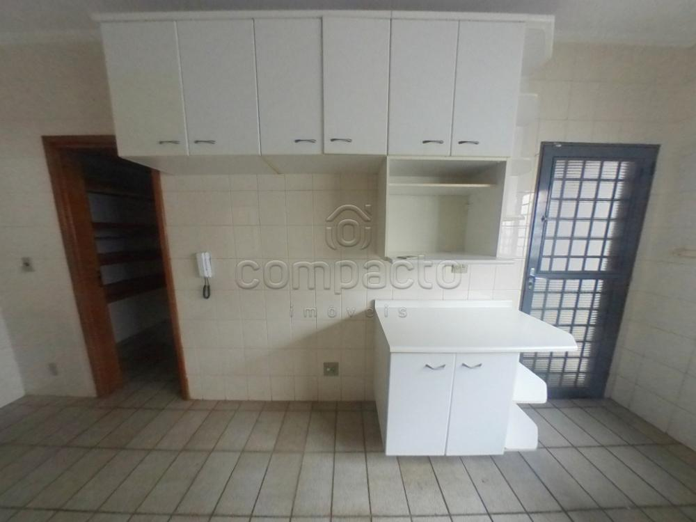 Alugar Casa / Padrão em São José do Rio Preto apenas R$ 1.700,00 - Foto 18