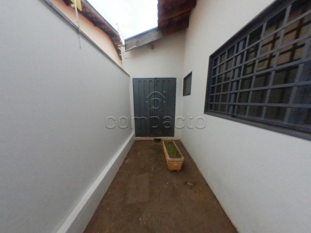 Alugar Casa / Padrão em São José do Rio Preto apenas R$ 1.700,00 - Foto 25