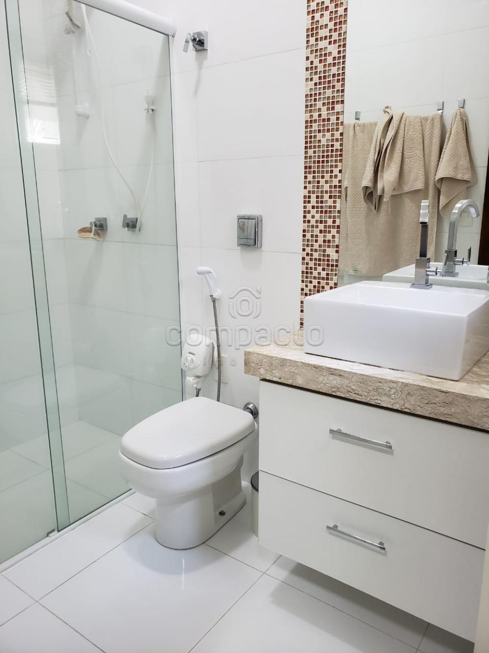 Comprar Casa / Padrão em São José do Rio Preto apenas R$ 740.000,00 - Foto 15