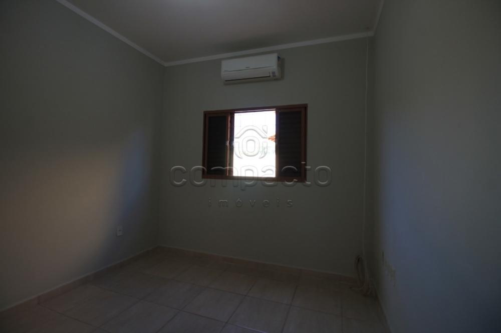 Alugar Casa / Padrão em São José do Rio Preto apenas R$ 900,00 - Foto 6